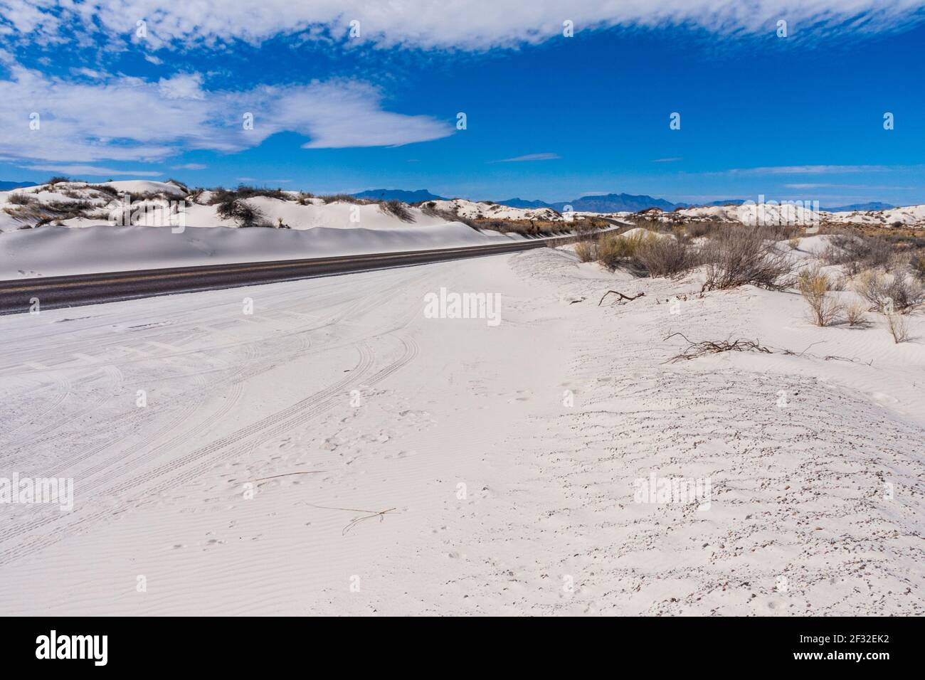 Sand dunes at White Sands National Park in New Mexico on a cold morning in February. White Sands park is at the northern end of the Chihuahuan Desert. Stock Photo
