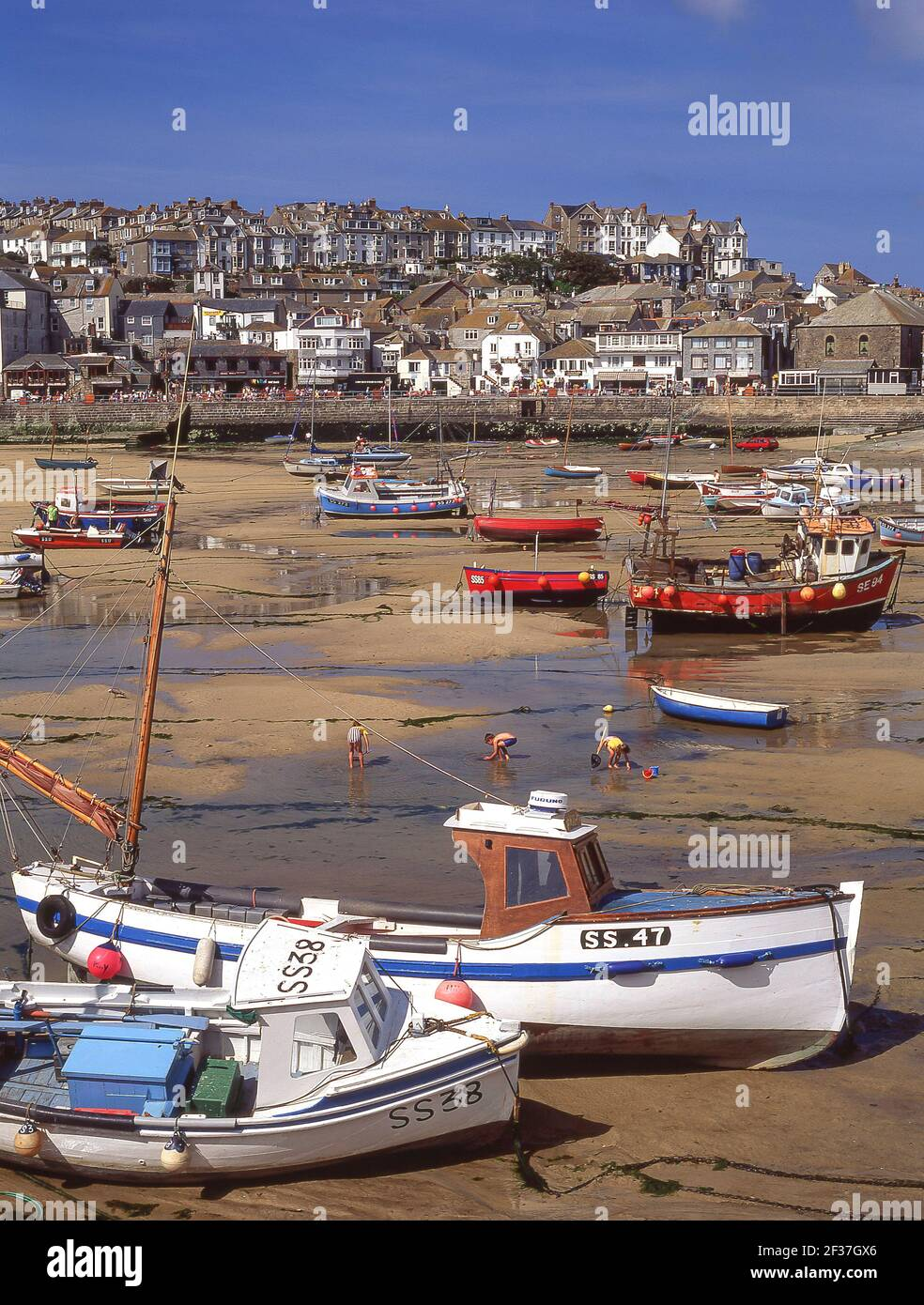 St Ives harbour at low tide, St Ives, Cornwall, England, United Kingdom Stock Photo