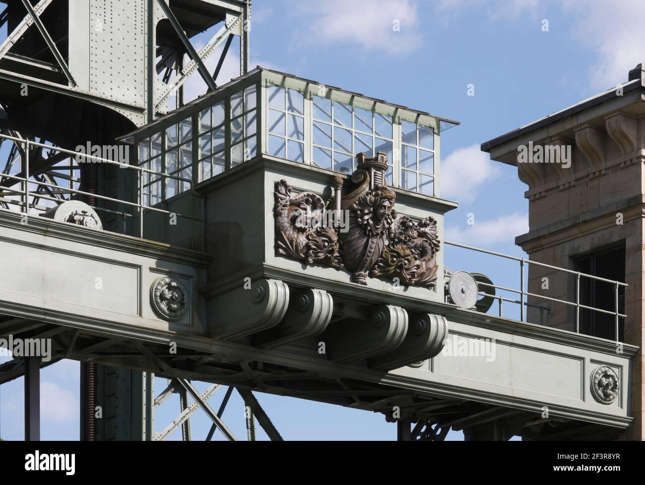 Hebeanlage, Kontrollh‰uschen, Waltrop-Oberwiese, Altes Schiffshebewerk Henrichenburg Stock Photo