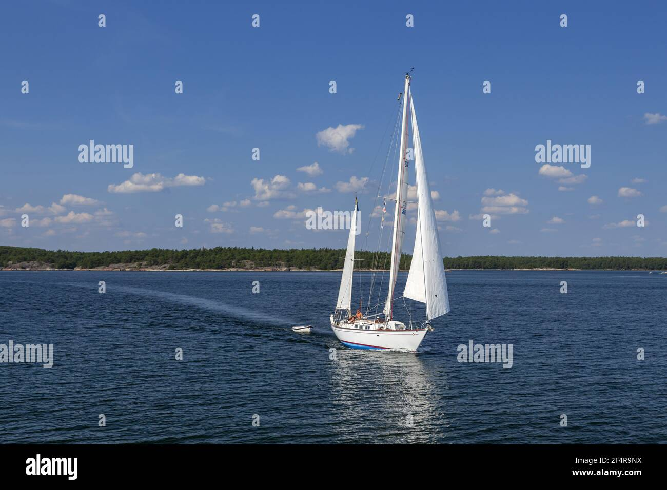 geography / travel, Sweden, Stockholm laen, Stockholm skårgården, sailboat in the skerries in front of, Additional-Rights-Clearance-Info-Not-Available Stock Photo