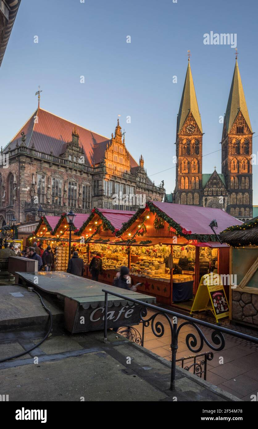 geography / travel, Germany, Bremen, Christmas market in the evening, Additional-Rights-Clearance-Info-Not-Available Stock Photo