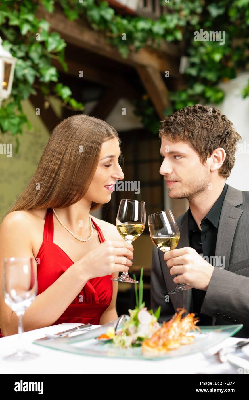 Lunch dates romantic 15 Romantic
