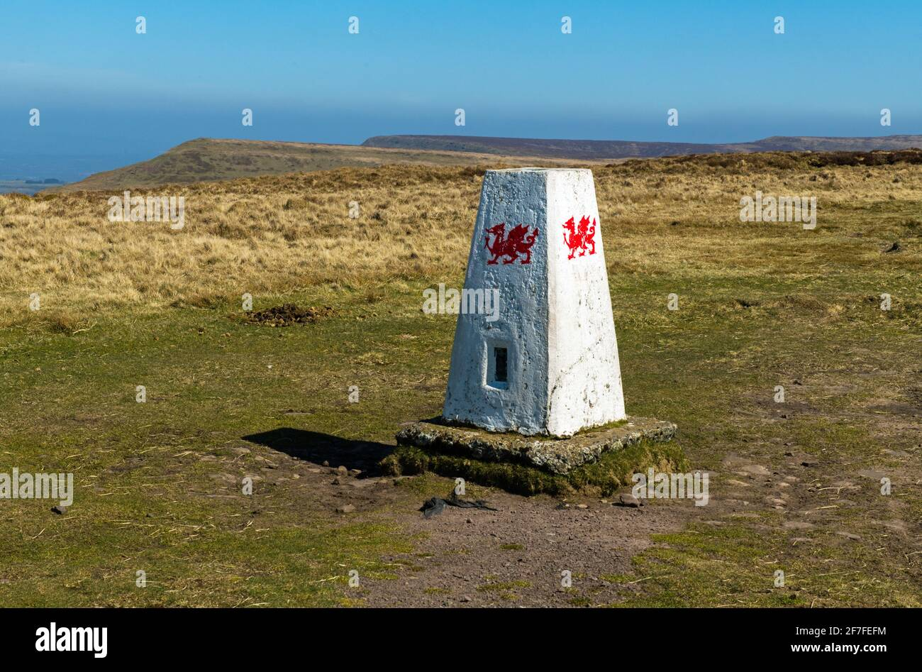 A trig or triangulation point on the top of the hill of Rhos Dirion in the Black Mountains looking north Stock Photo
