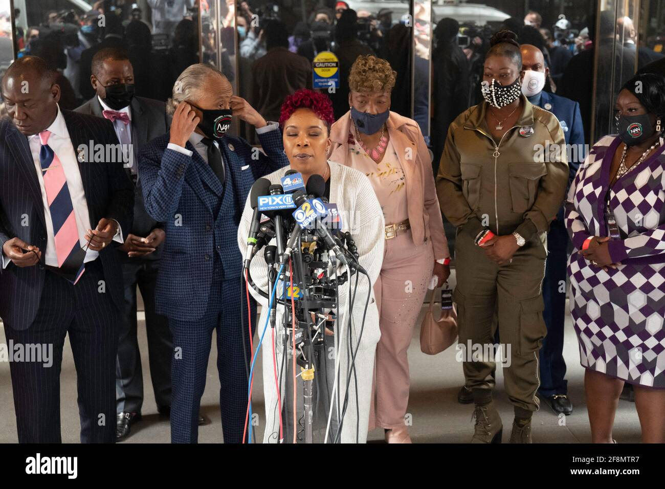 New York, New York, USA. 14th Apr, 2021. Mothers of the Movement, Lesley McSpadden, (Michael Brown's Mother) speaks during a news conference at the Times Square Sheraton in New York. Brown was killed by former Ferguson, MO. police officer Darren Wilson, Brown's death sparked the birth of the Black Lives Matter Movement Credit: Brian Branch Price/ZUMA Wire/Alamy Live News Stock Photo