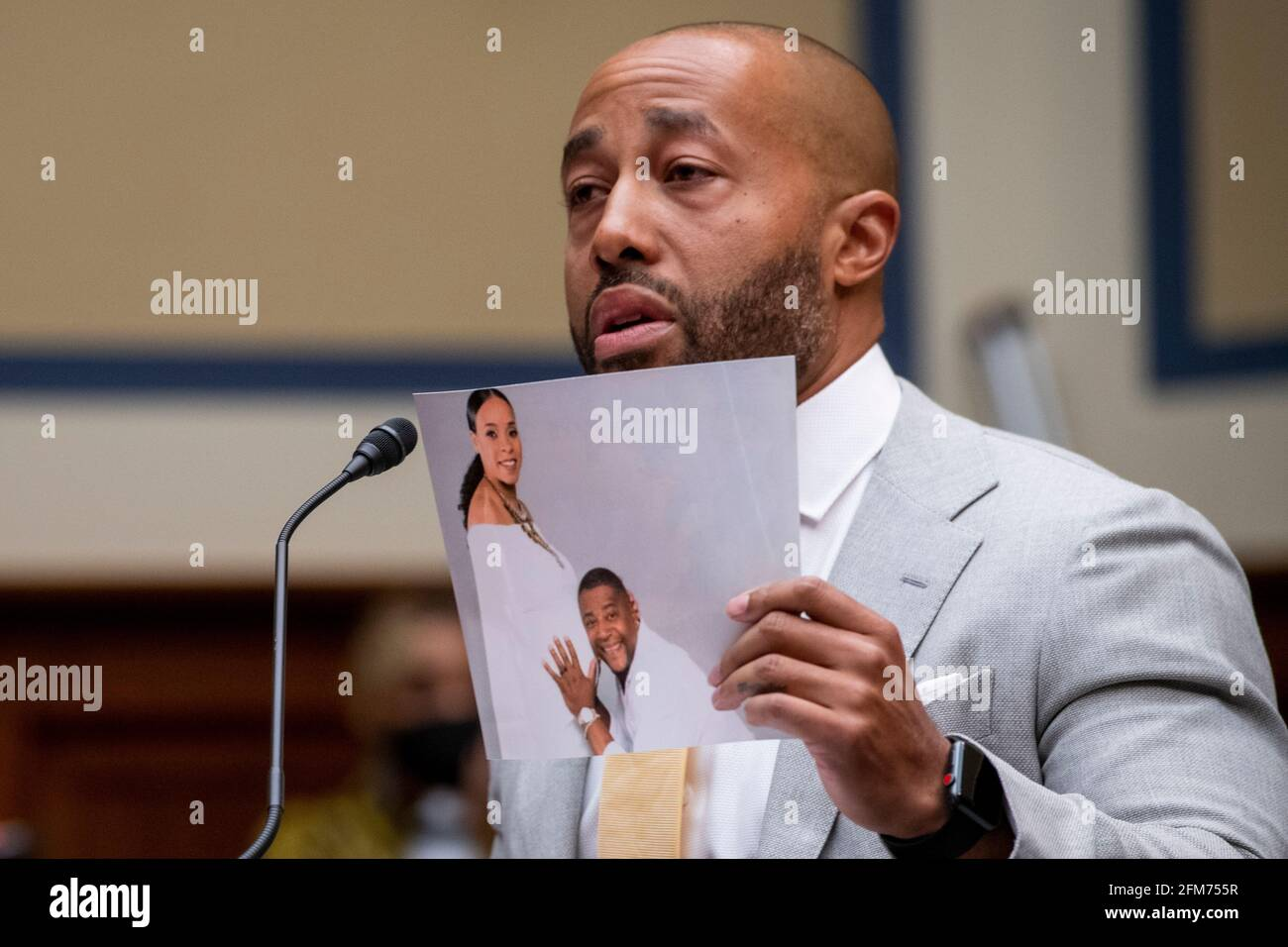 """Washington, United States Of America. 06th May, 2021. Charles Johnson, husband of the late Kira Johnson and Founder of 4Kira4Moms, testifies about losing his wife during a routine c-section, as he appears for a House Committee on Oversight and Reform hearing """"Birthing While Black: Examining Americas Black Maternal Health Crisis"""" in the Rayburn House Office Building in Washington, DC, Thursday, May 6, 2021. Credit: Rod Lamkey/CNP 