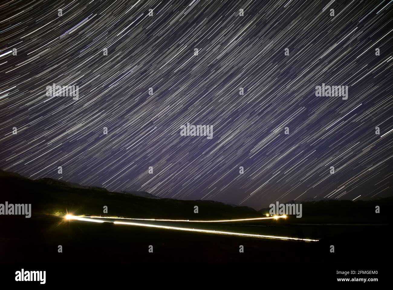 Stars Falling From The Sky High Resolution Stock Photography And Images Alamy