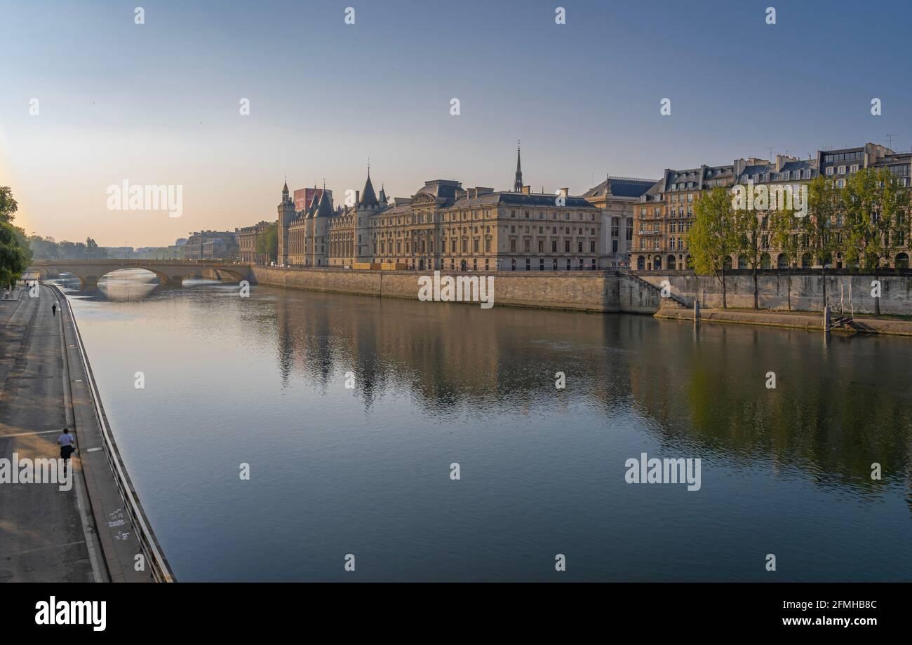 Paris, France - 05 02 2021: Panoramic view of Pont au Change and La Conciergerie on Ile de la Cité from quai de Seine Stock Photo