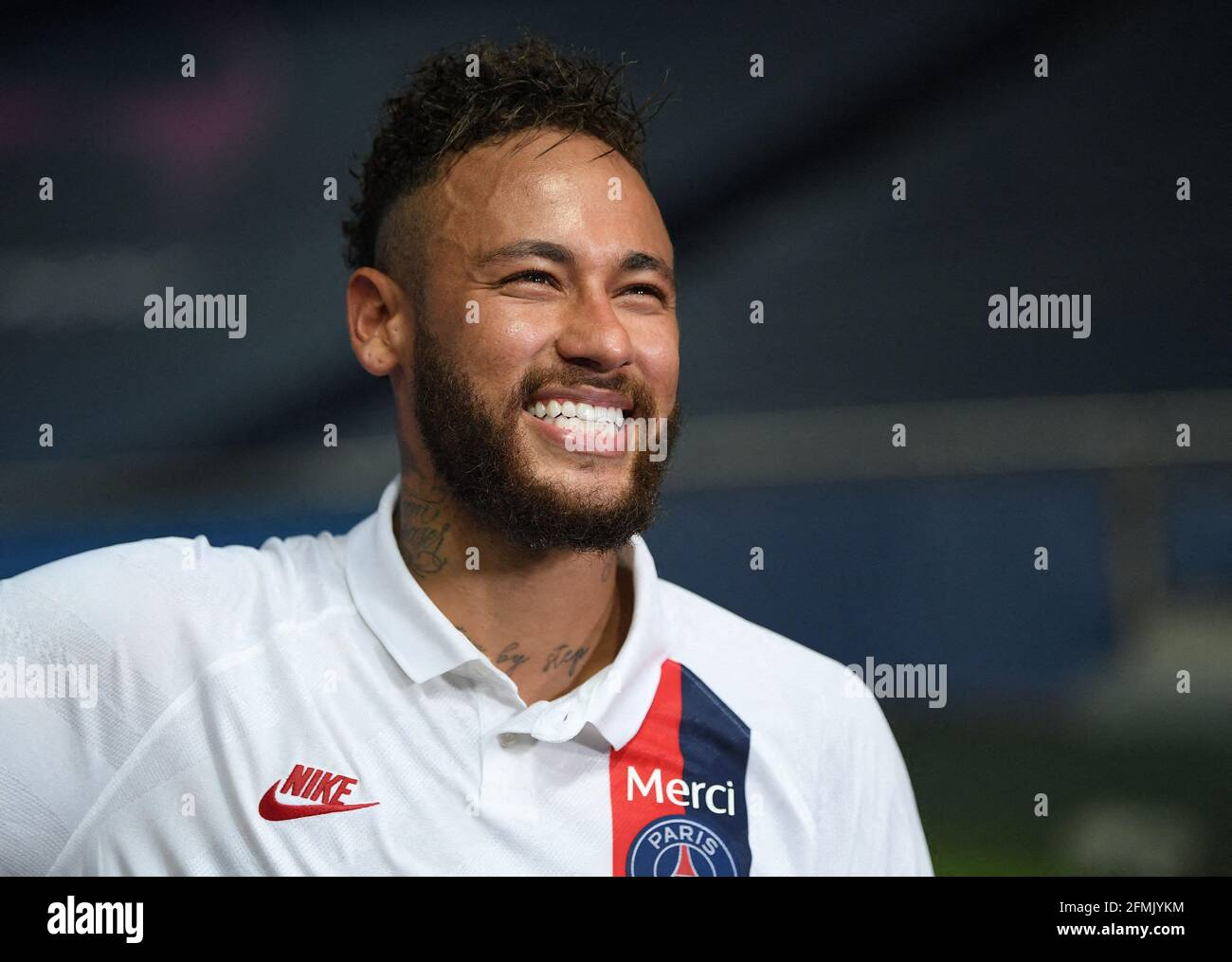 2019 💣 dream league soccer kit brasil Dream League