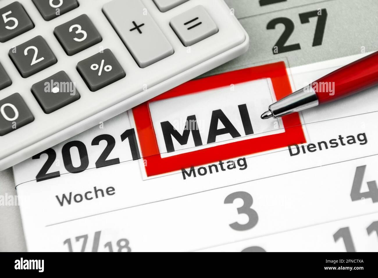 Kalender Monat Mai 2021 und Rechner Stock Photo