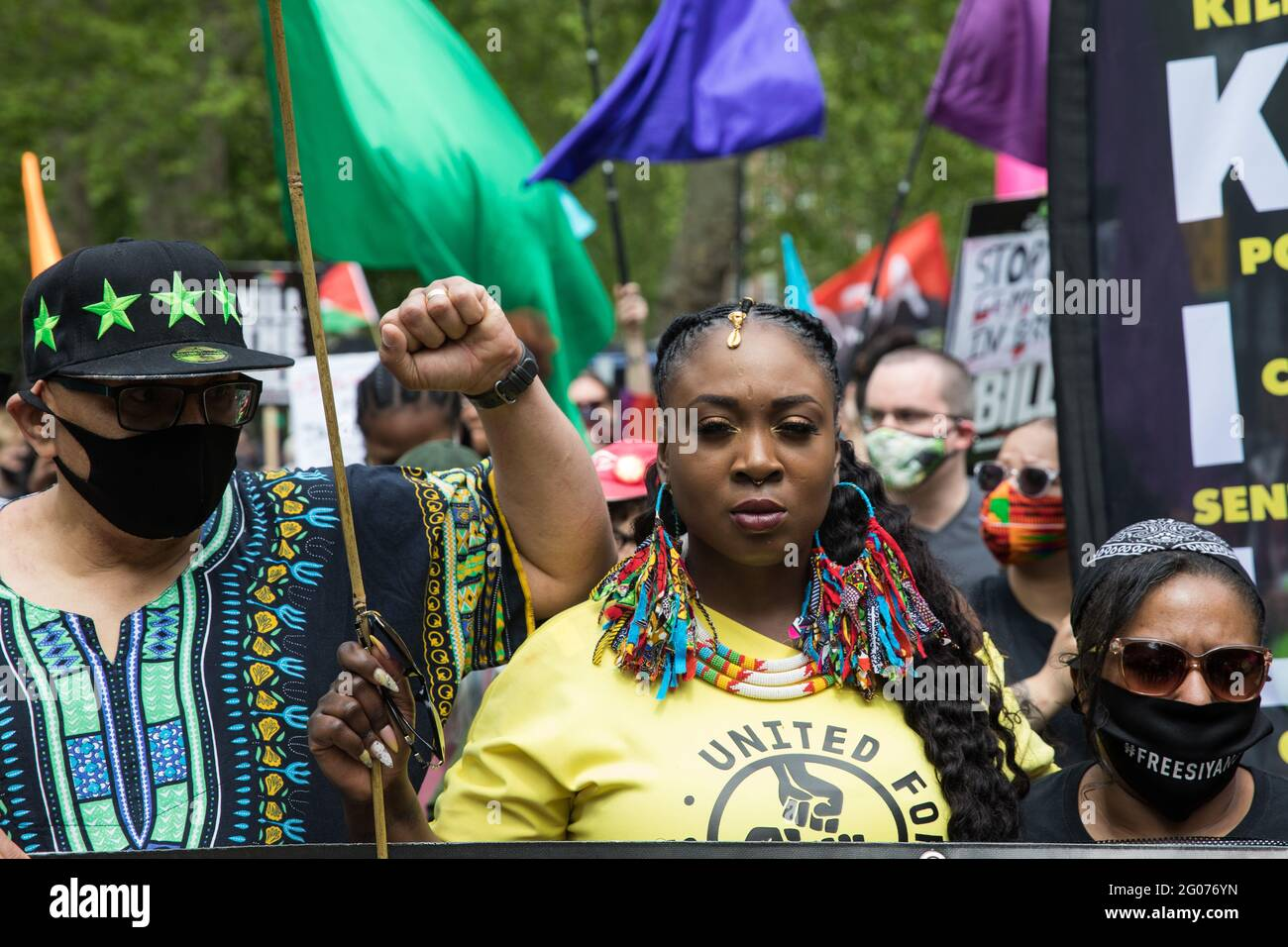 London, UK. 29th May, 2021. Lee Jasper (l) and Marvina Newton (c, founder of United for Black Lives, take part in a Kill The Bill National Day of Action in protest against the Police, Crime, Sentencing and Courts (PCSC) Bill 2021. Credit: Mark Kerrison/Alamy Live News Stock Photo
