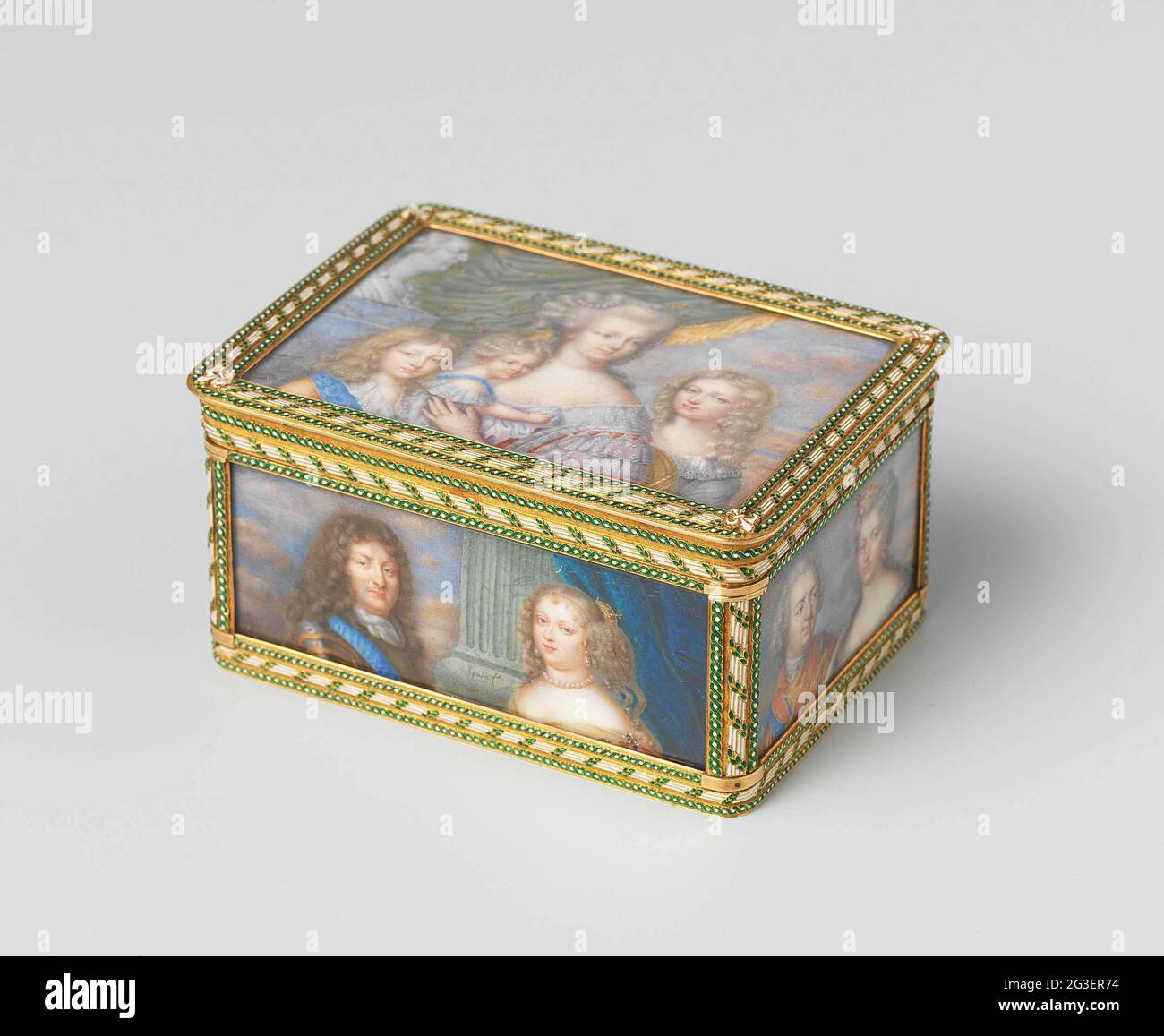 Snuff box of gold, painted with miniature portraits of the bourbons. Rectangular box of gold. All sides are covered with miniature portraits of the bourbons. On the lid Marie-Antoinette with her children next to a bust of Louis XVI. On the bottom the brother and sister of Louis XVI. On the front Louis XIV and Maria-Theresa of Spain. On the back Hendrik IV and Maria de Medici. On the left side Louis XIII and Anna van Austria. On the right side Louis XV and Maria Leczinska. Stock Photo