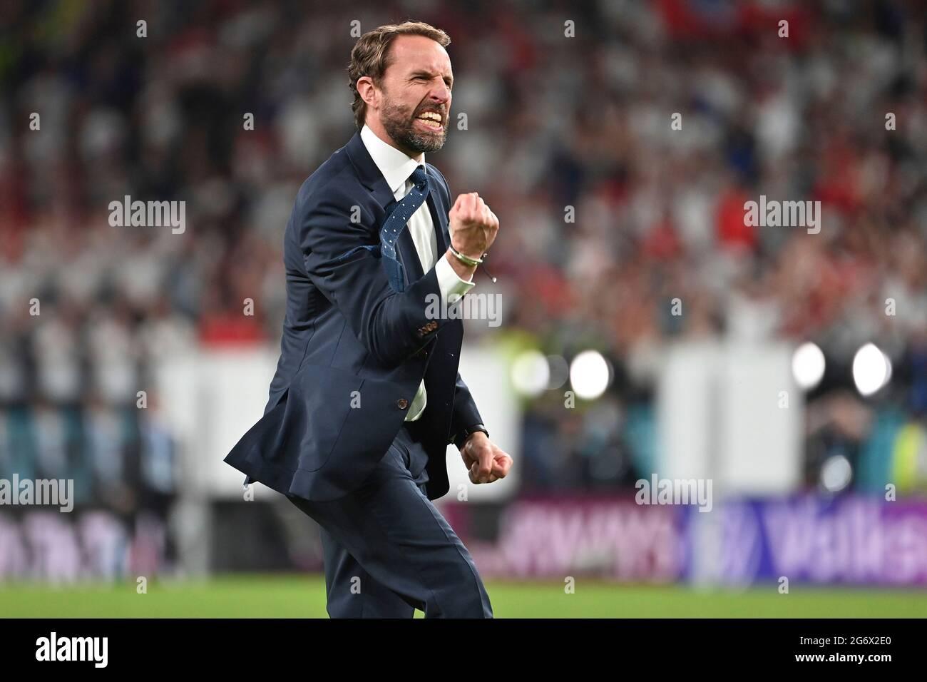 final jubilation Gareth SOUTHGATE (coach ENG), jubilation, joy, enthusiasm, single image, trimmed single motif, half figure, half figure, semifinals, game M50, England (ENG) - Denmark (DEN) 2-1 nV on 07.07.2021 in London/Wembley Stadium. Football EM 2020 from 06/11/2021 to 07/11/2021. Stock Photo