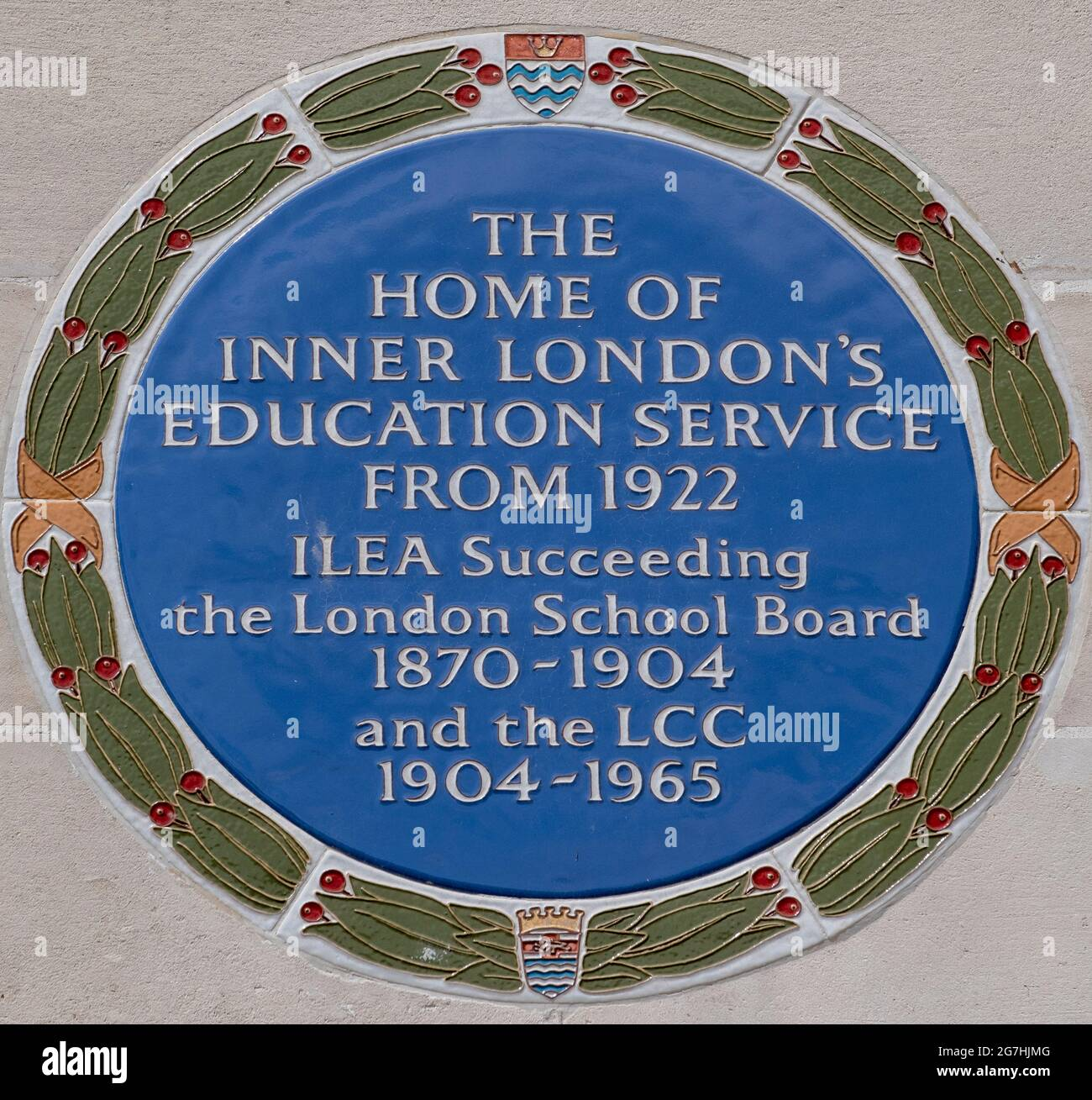 Commemorative Blue Plaque on the side of County Hall to the Inner London Education Authority, responsible at one time for schools in London Stock Photo