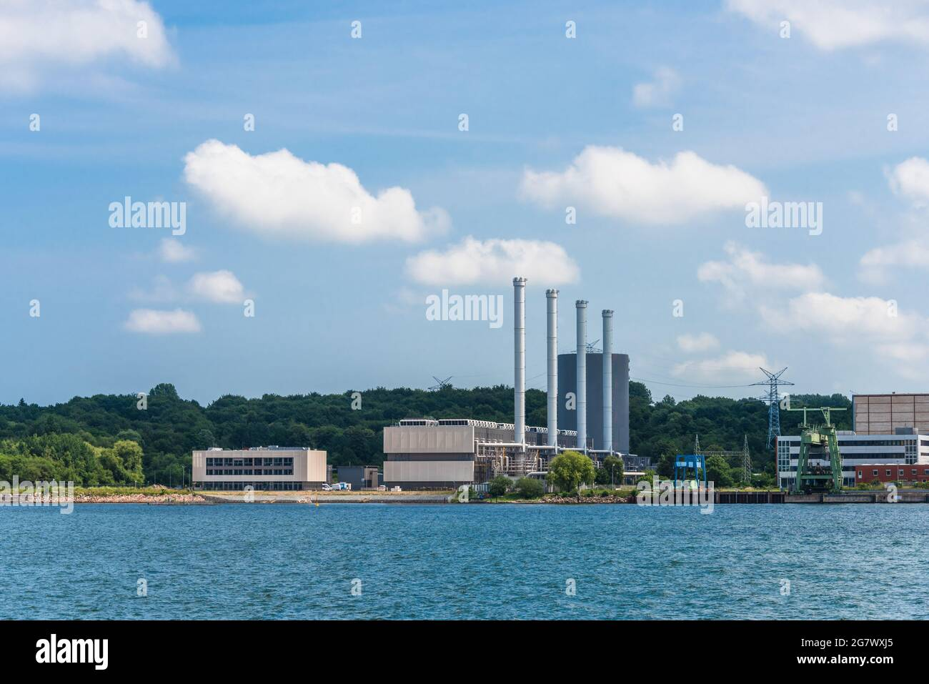 Das auf dem Ostufer der Kiler Förde befindliche Gaskraftwerk zur Wärmegewinnung Stock Photo