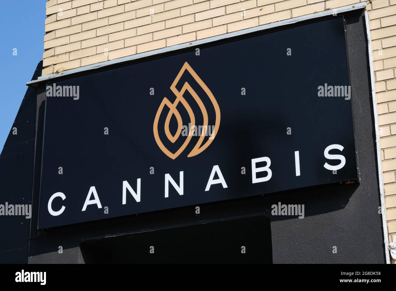 Cannabis dispensary sign above store front, part of expanding network. Ottawa, Canada Stock Photo