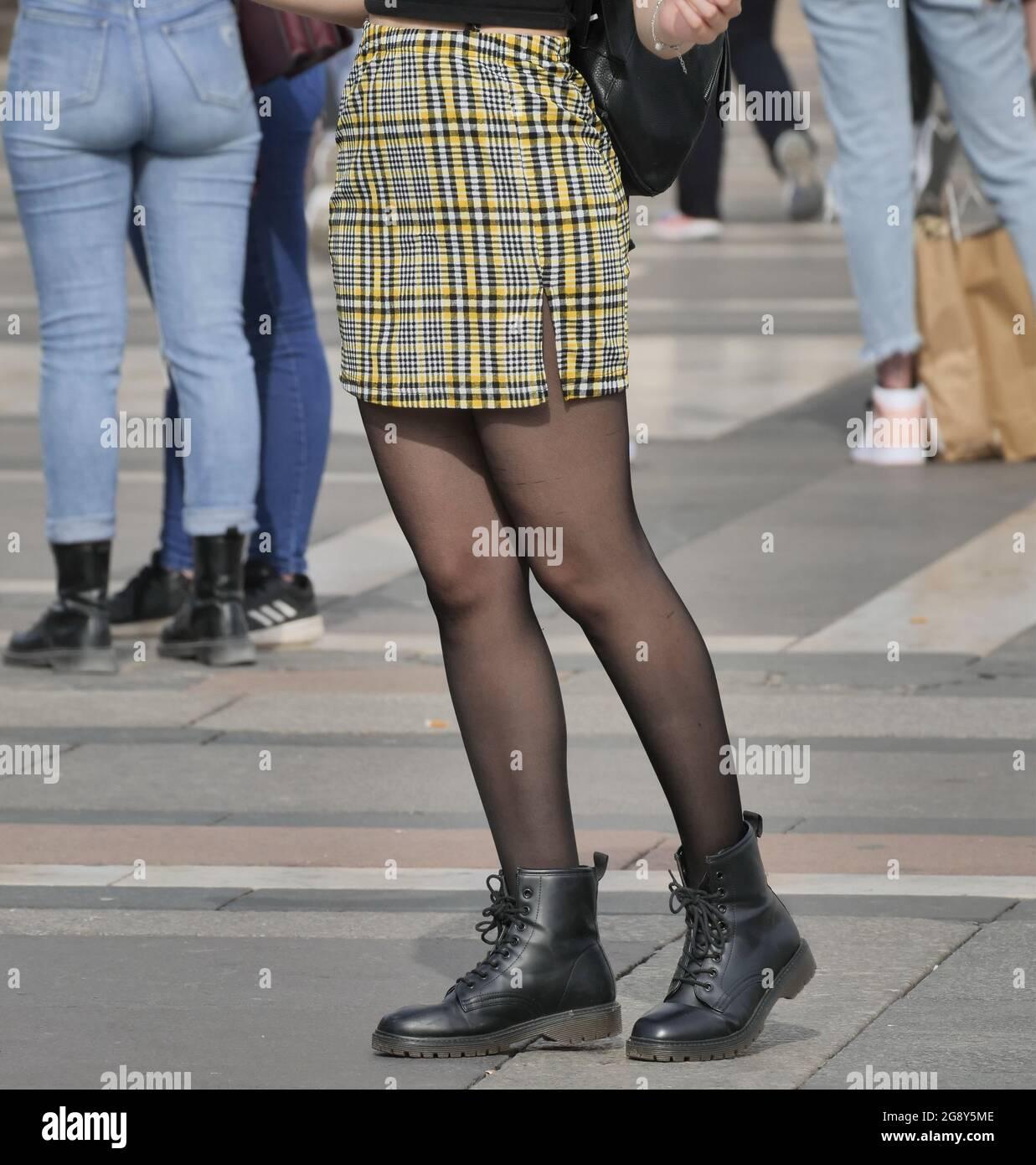 Miniskirt pantyhose and Mini Skirt