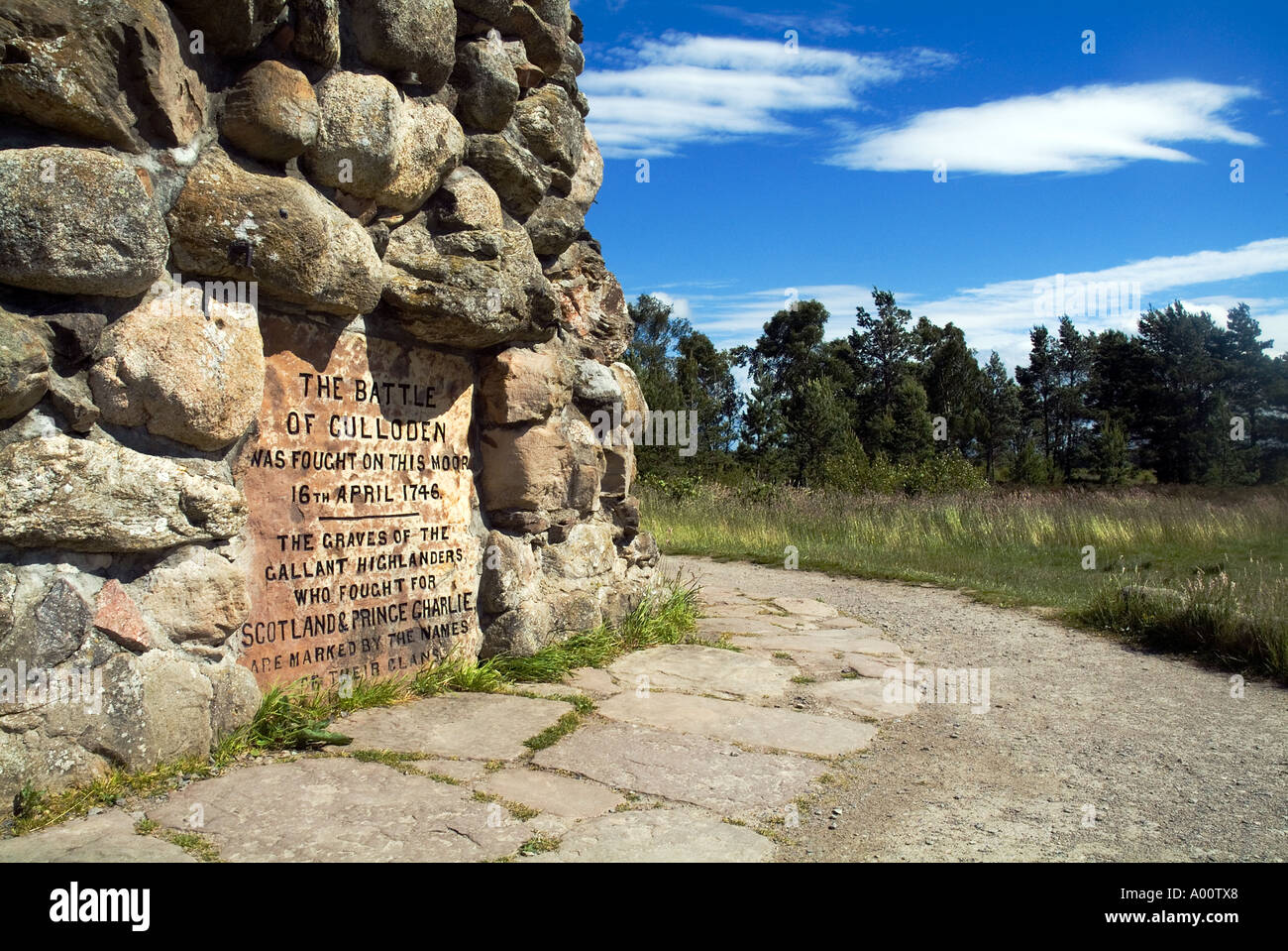 dh Battlefield CULLODEN MOOR INVERNESSSHIRE Memorial stone cairn on battle field scottish monument jacobite scotland monuments 1745 rebellion history Stock Photo