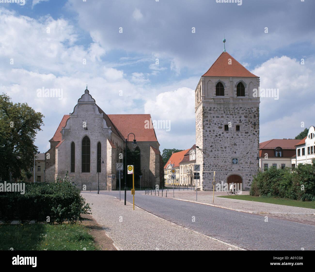 Bartholomaeikirche und Dicker Turm an der Schlossfreiheit in Zerbst, Sachsen-Anhalt Stock Photo