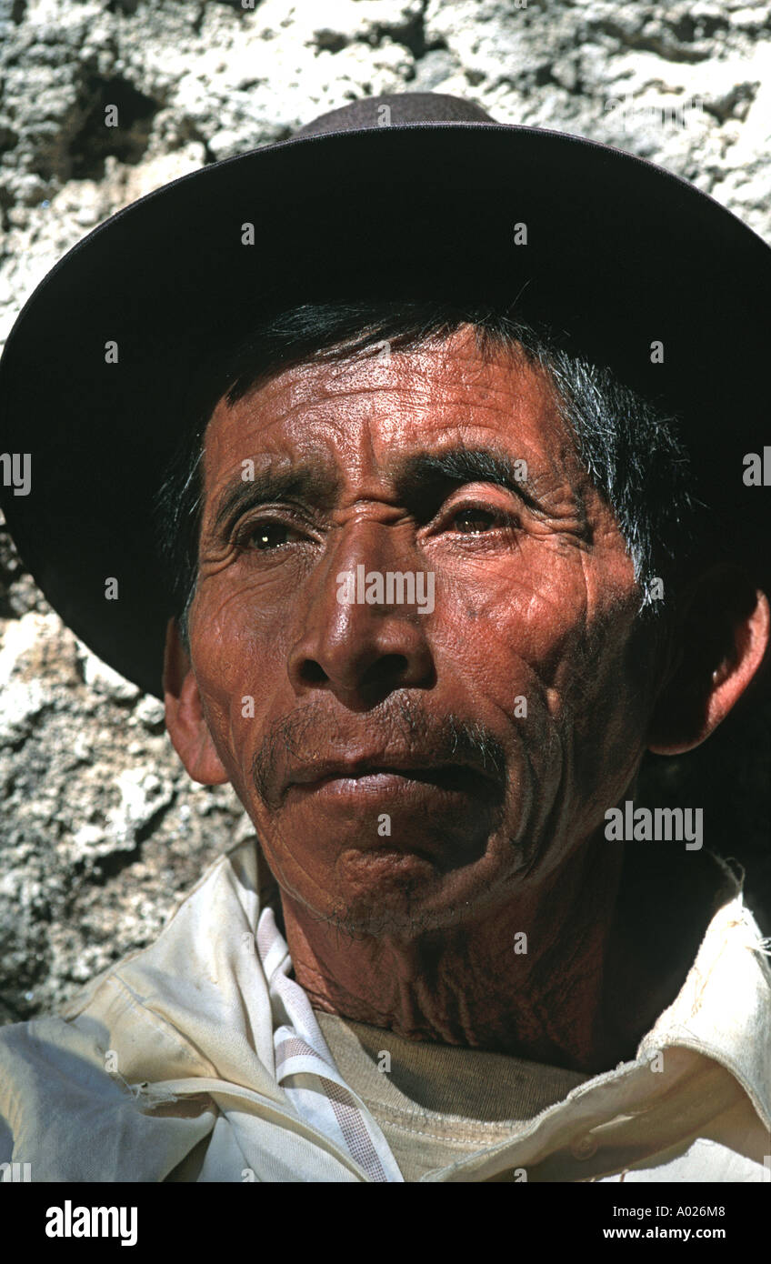 Portrait of an elderly onion seller Santiago Atitlan Lake Atitlan Guatemala Central America - Stock Image