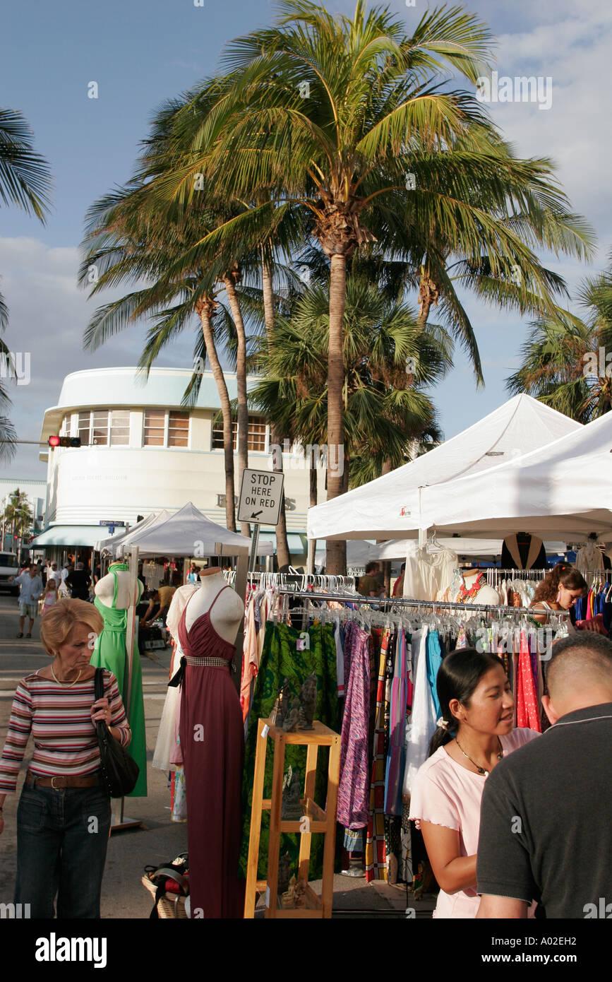 Flea Market Miami >> Miami Beach Florida Lincoln Road Mall Sunday Flea Market