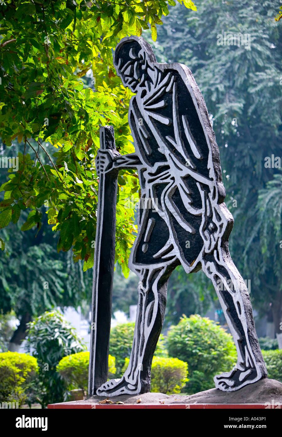 Gandhi Statue, Gandhi Memorial Museum, Delhi, India - Stock Image