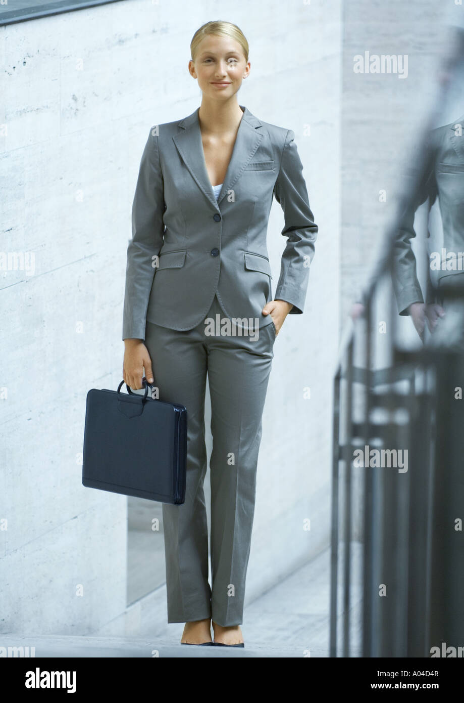 Businesswoman, full length portrait - Stock Image