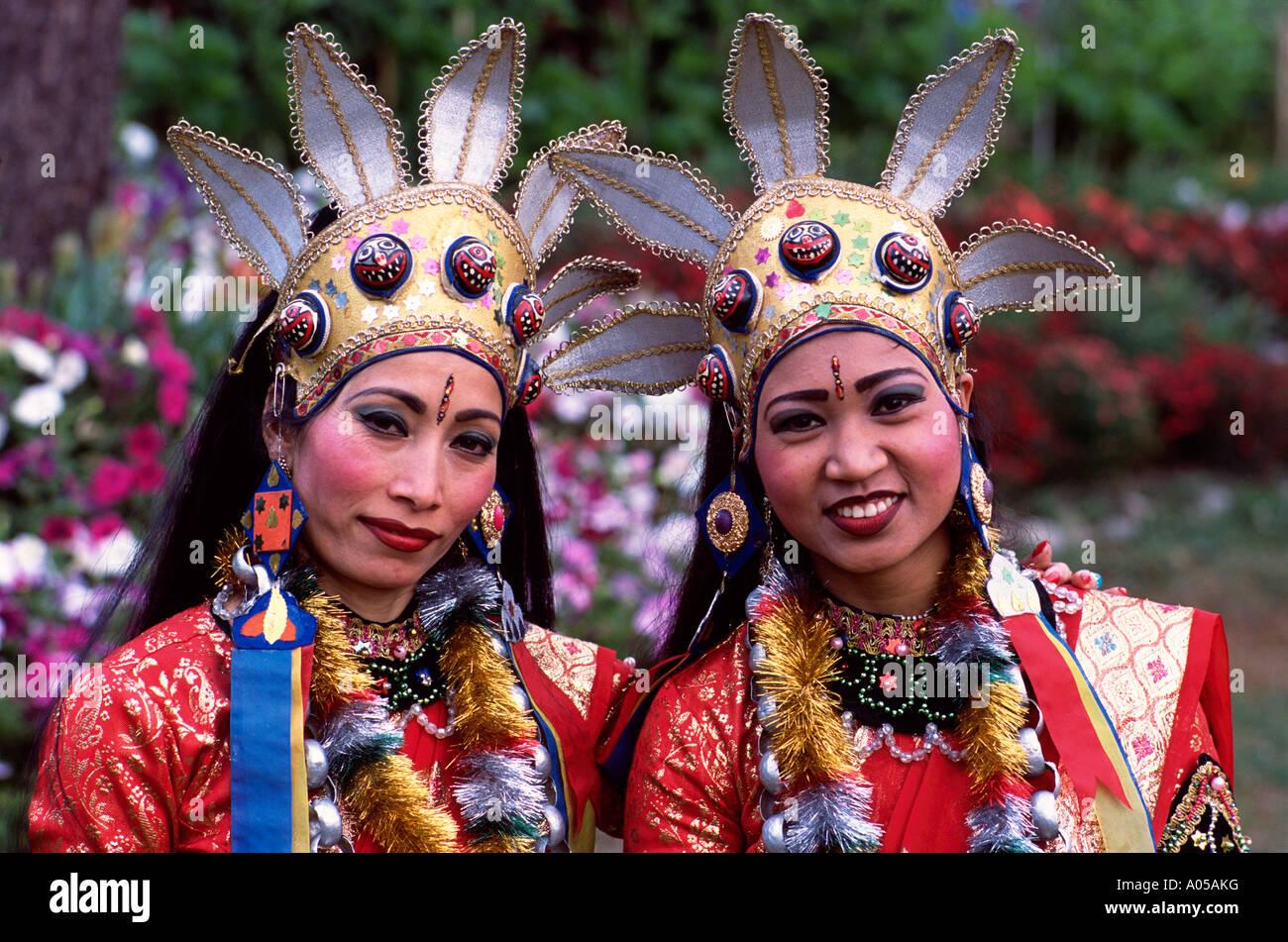 Kathmandu, Women, Traditional Dancers - Stock Image