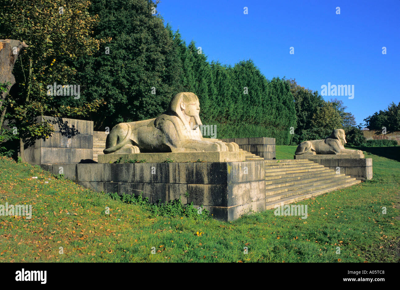 Crystal Palace original steps and sphinx Sydenham London UK - Stock Image
