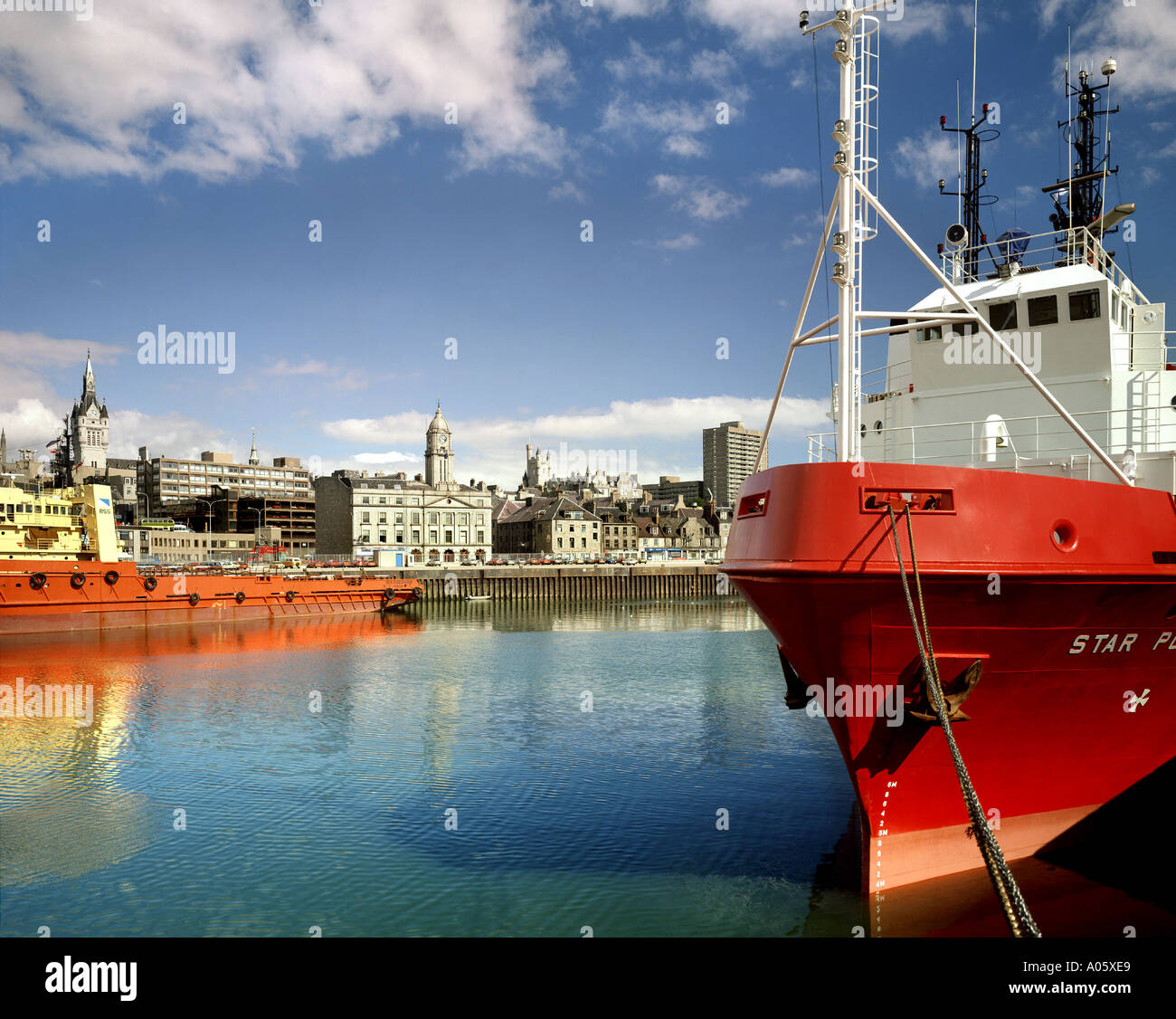 GB - SCOTLAND: Aberdeen Harbour - Stock Image