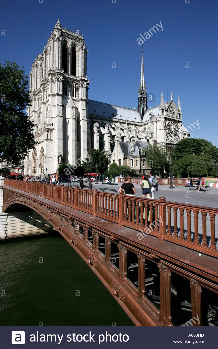 Paris, Notre Dame & Pont au Double - Stock Image