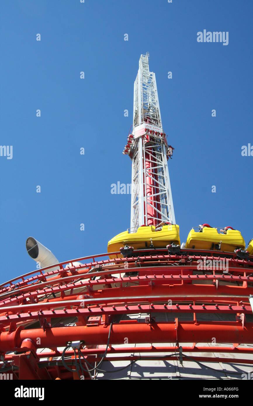 Etwas Neues genug Thrill rides at the Stratosphere Hotel, Las Vegas, Nevada Stock &YS_18