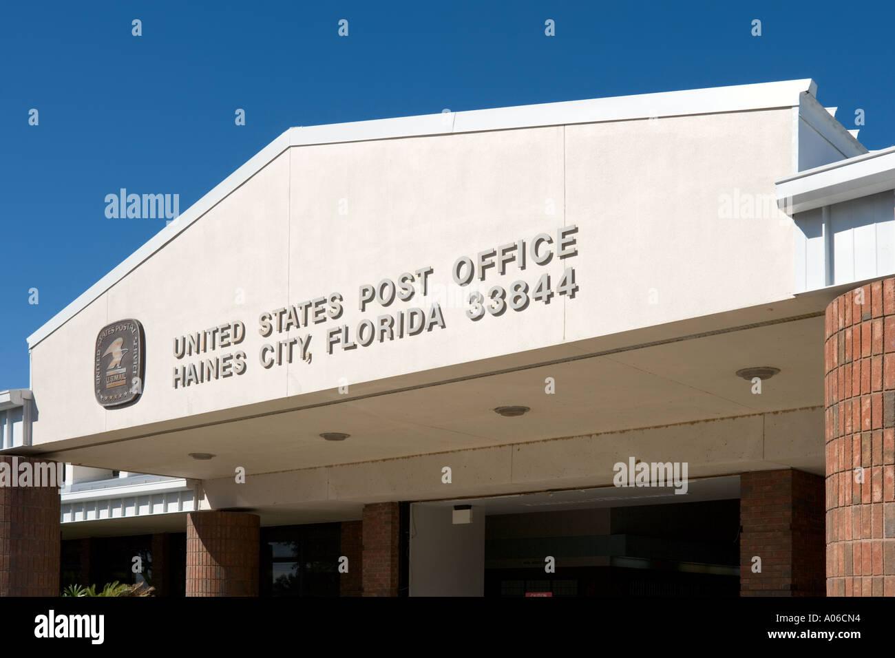 Entrance to Post Office, Unites States Postal Service, Haines City, Florida, USA Stock Photo