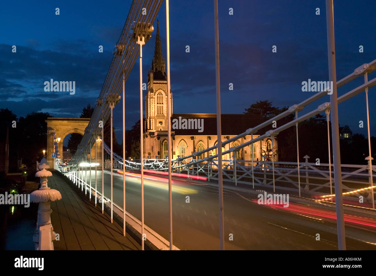 The bridge and All Saints church lit up at night in Marlow - Stock Image