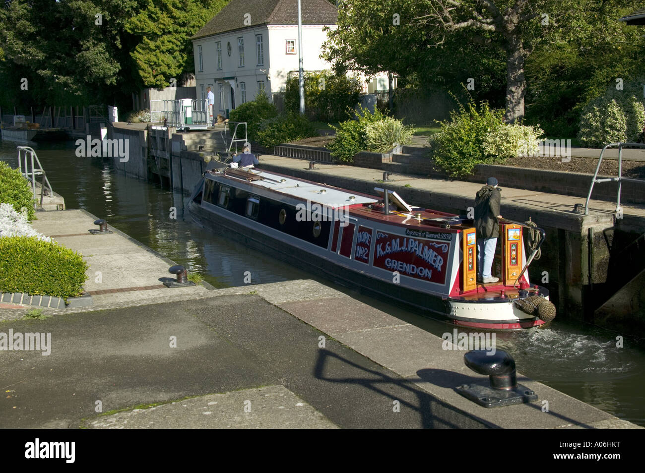 Narrow boat in Marsh Lock going towards Henley on the River Thames at Henley 13 10 13 10 Stock Photo