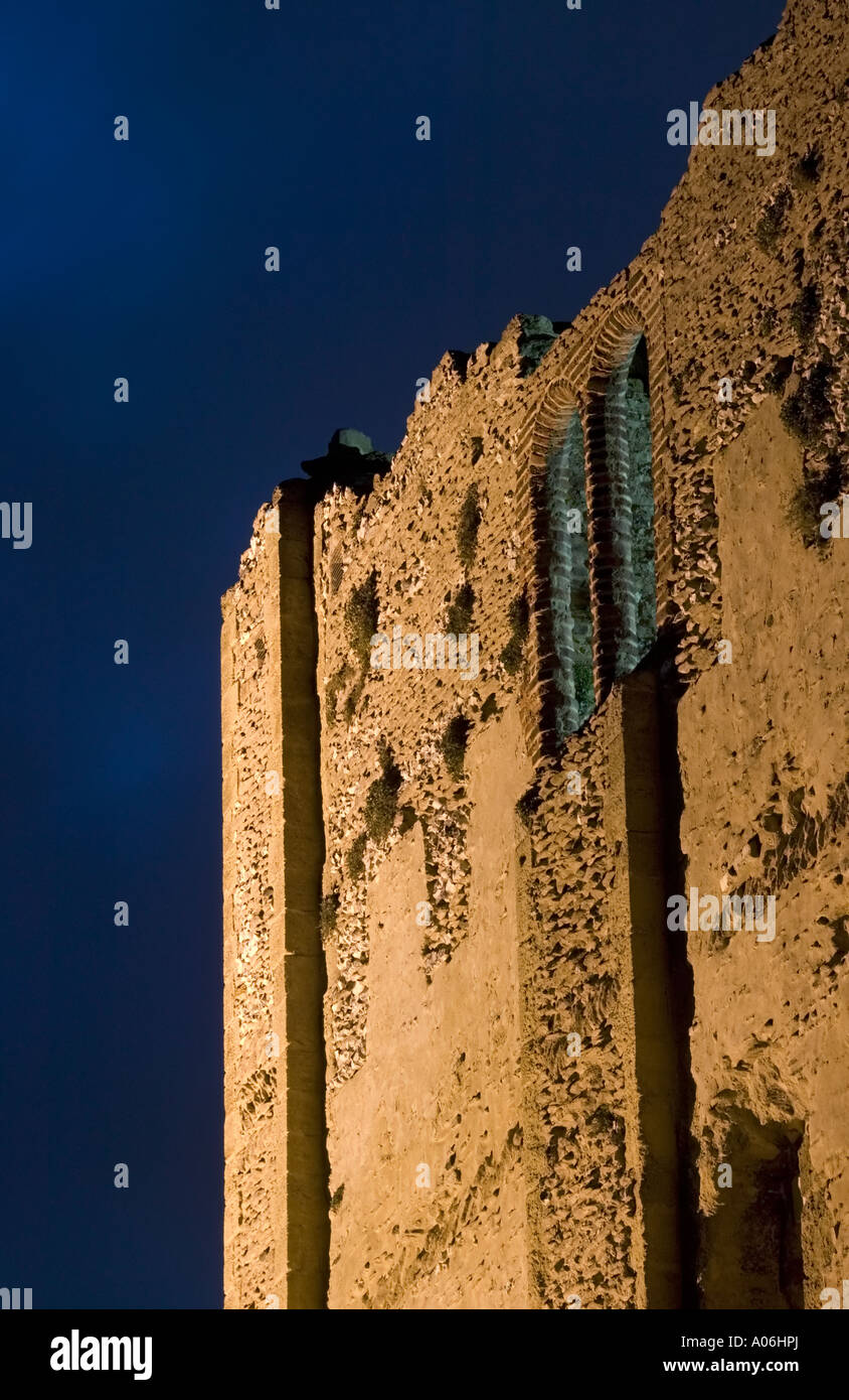 The Castle s keep lit up at night in Guildford - Stock Image