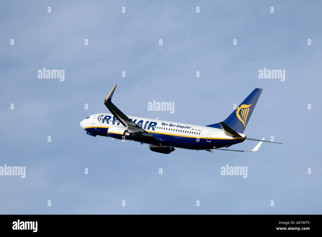 Ryanair Boeing 737-8AS departing Inverness, Dalcross, Scotland.  XAV 3984-379 - Stock Image
