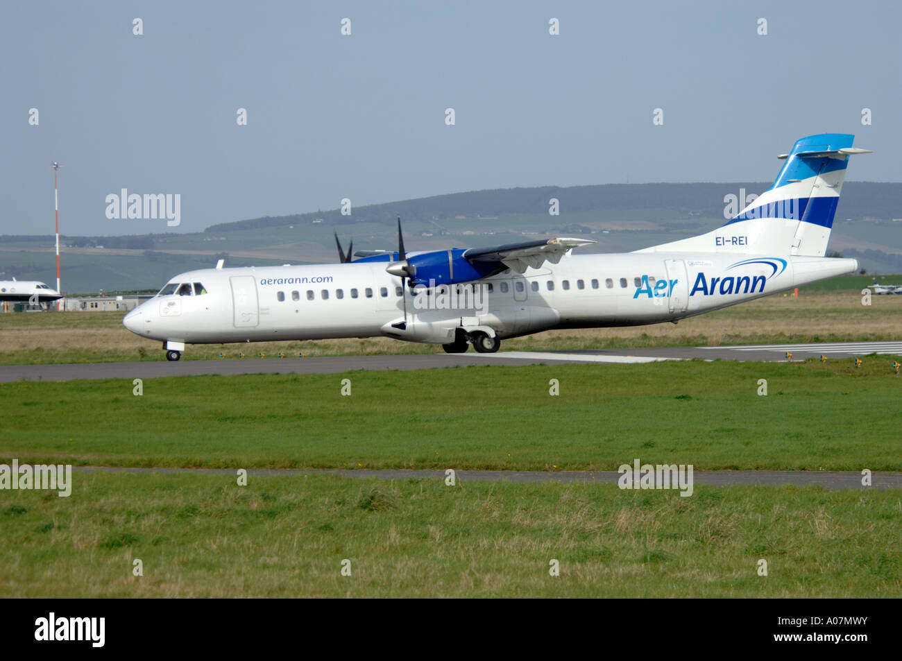 Aerospatiale -72-201ATR of Aer.Arann arriving at Inverness, Dalcross Airport. Scotland.  XAV 3986-379 - Stock Image