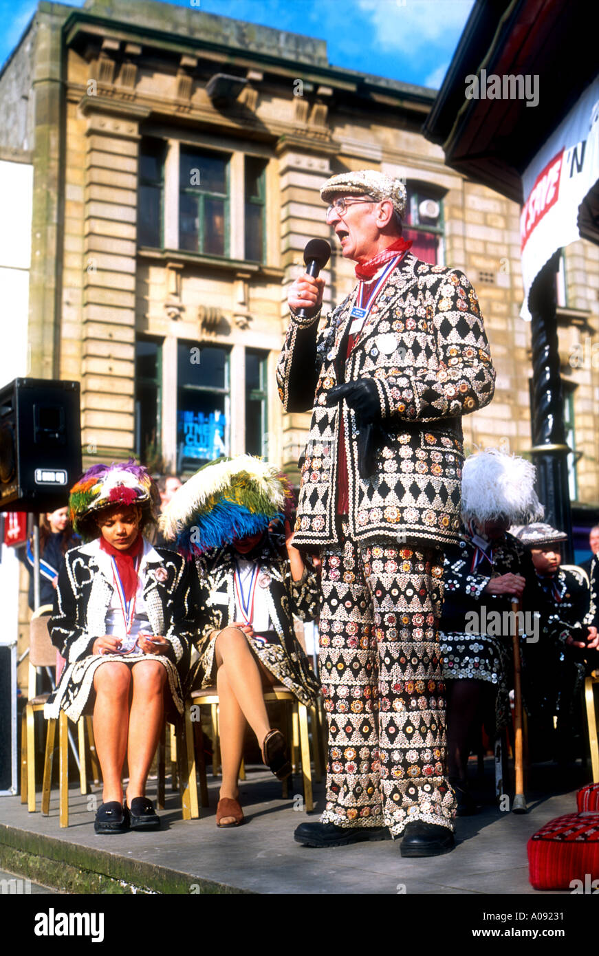 A Pearly King addressing those attending the coronation of London s Honourary Pearly King and Queen of Lancashire in Burnley - Stock Image