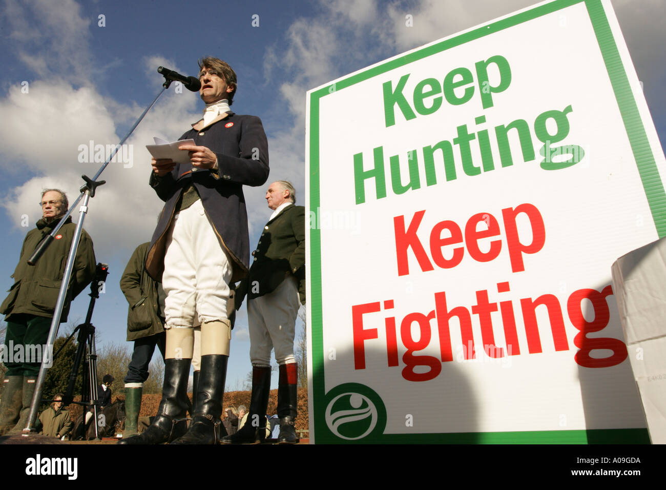 Duke of Beaufort Hunt in Wiltshire 2005 with Kate Hoey MP for Labour supporting the campaign to keep fox hunting in the UK - Stock Image