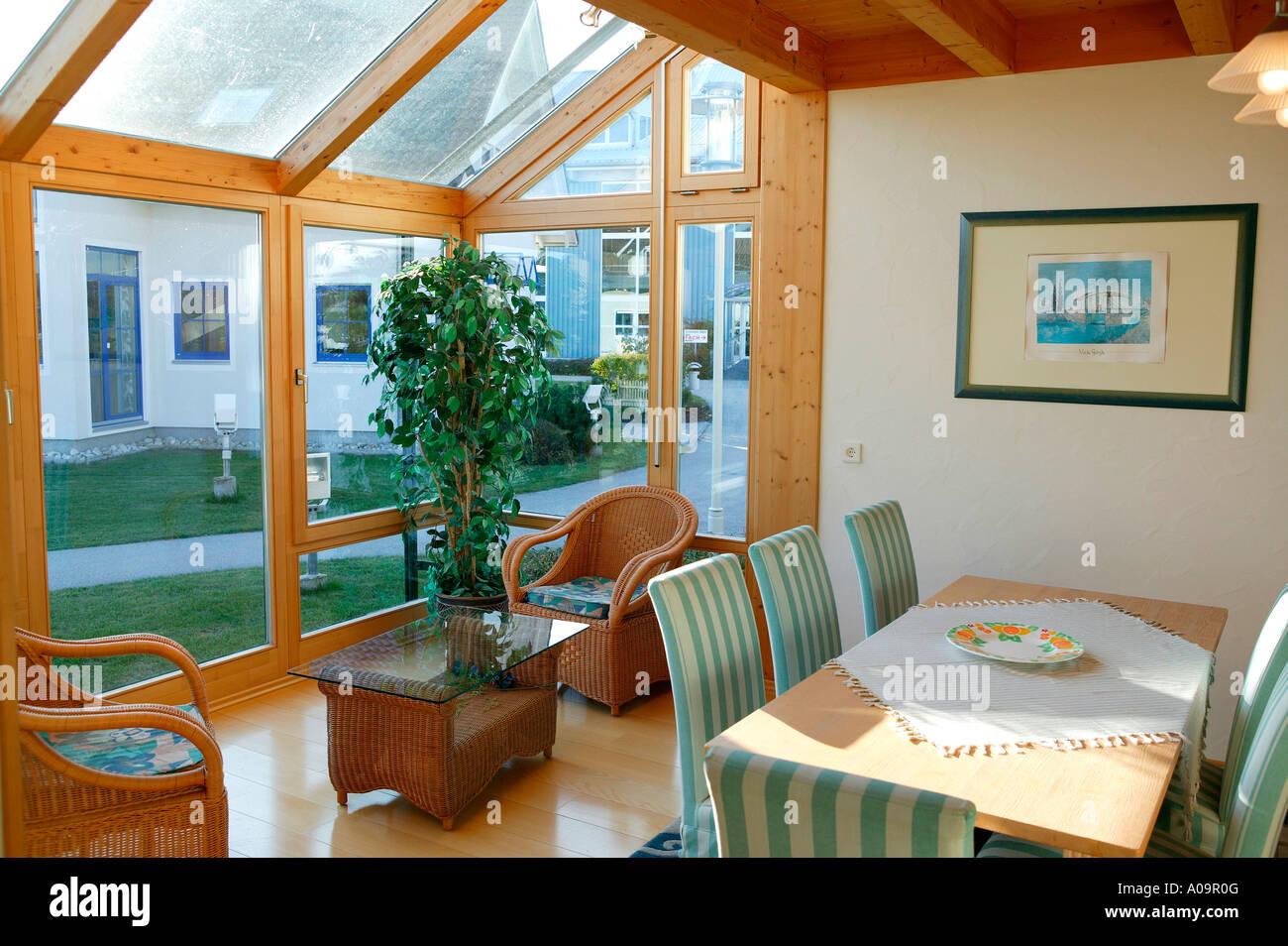 Einfamilienhaus Innen Wohnraum Wintergarten Family Home