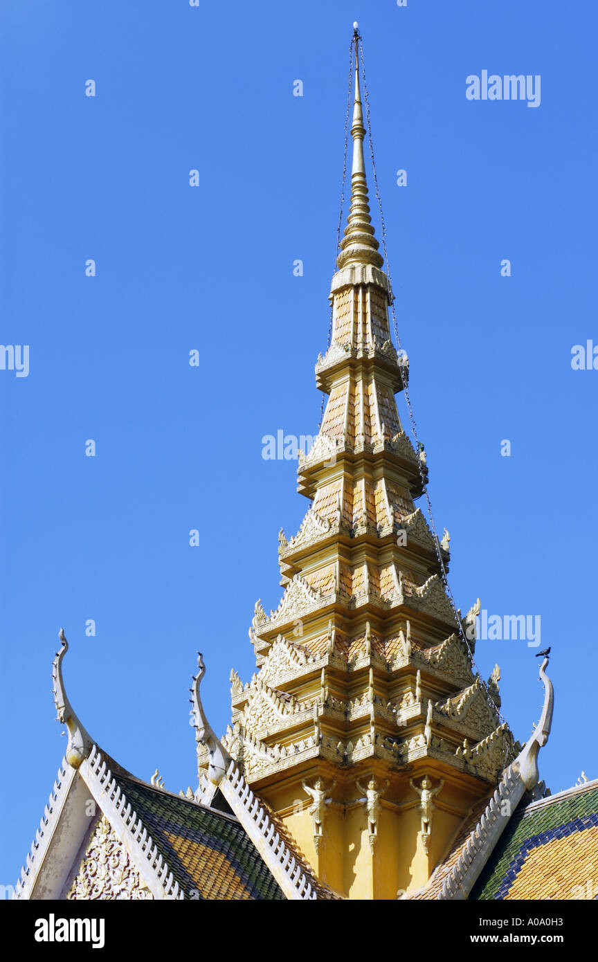 Temple detail of the Royal Palace of Cambodia in the capital city Phnom Penh - Stock Image