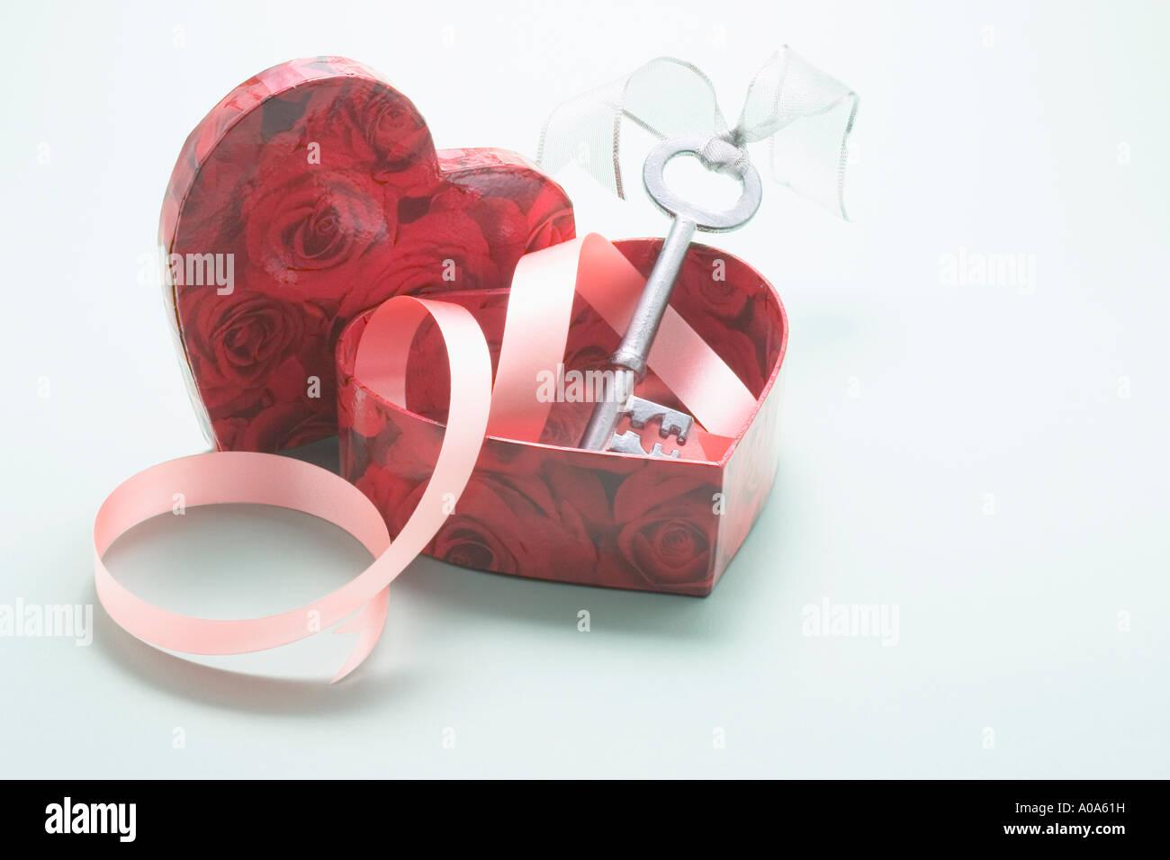 21st Birthday Key in Heart-shaped Box - Stock Image