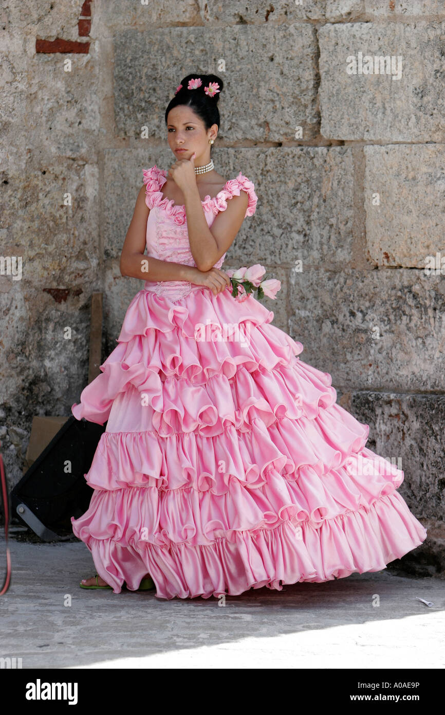 Frilly Dress Stock Photos & Frilly Dress Stock Images - Alamy