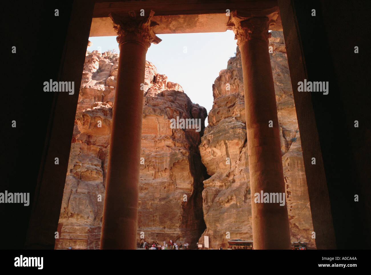 PETRA inside the AL KHAZNEH the treasury at the end of the SIQ rose red rose red city hall house most famous attraction - Stock Image