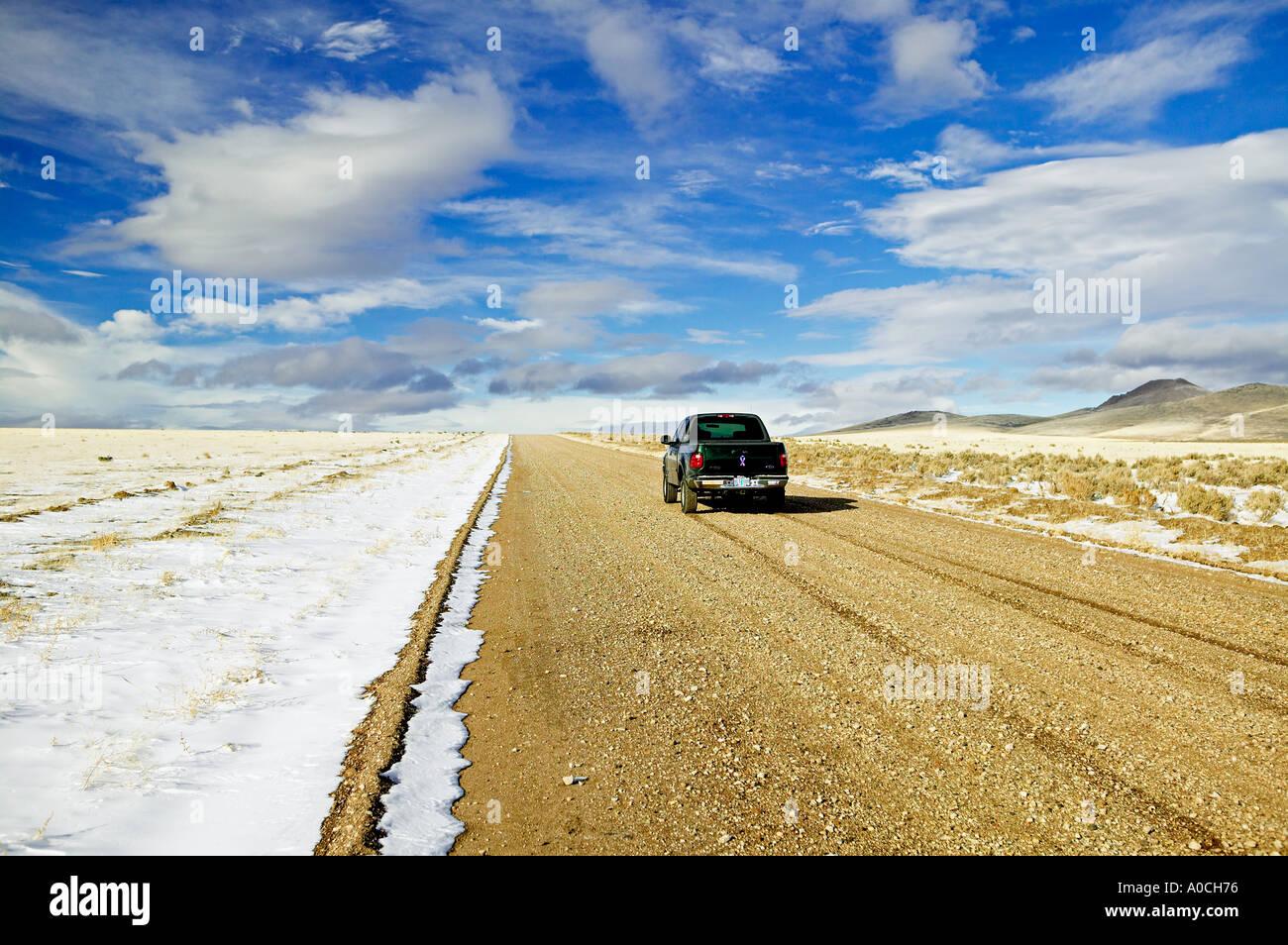 Truck on dirt road near Warner Valley Oregon - Stock Image