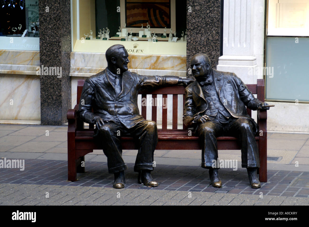 Roosevelt and Winston Churchill statues Old Bond Street London - Stock Image