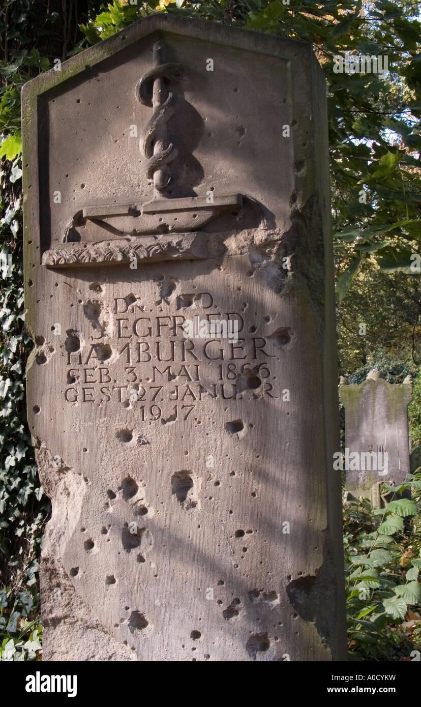 https://c8.alamy.com/comp/A0CYKW/poland-wroclaw-jewish-cemetery-formerly-german-breslau-gravestone-A0CYKW.jpg