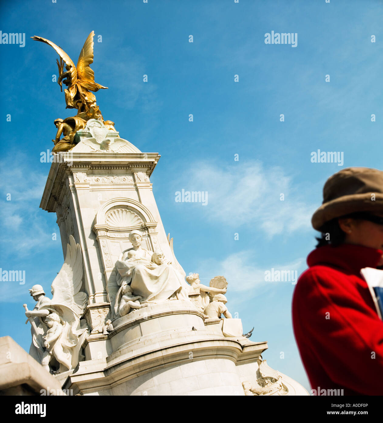 Queen Victoria monument central London England - Stock Image