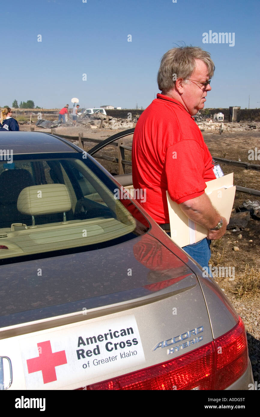 American Red Cross relief worker at the scene of a wildfire near Mountain Home Idaho - Stock Image