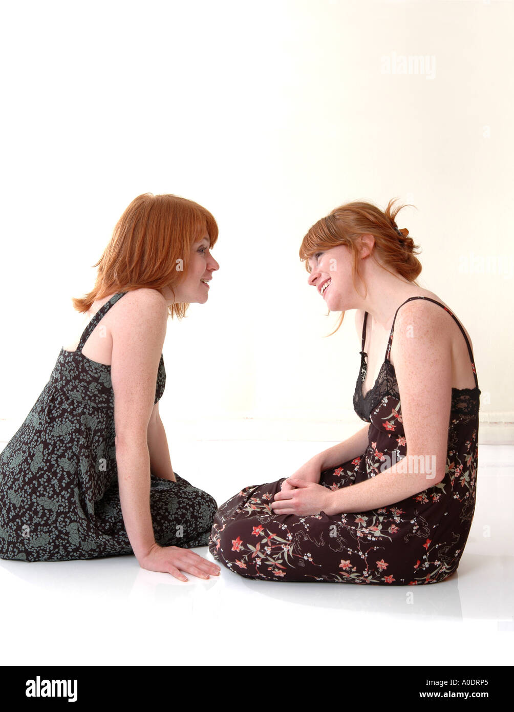 Twin redheaded sisters 2 - Stock Image
